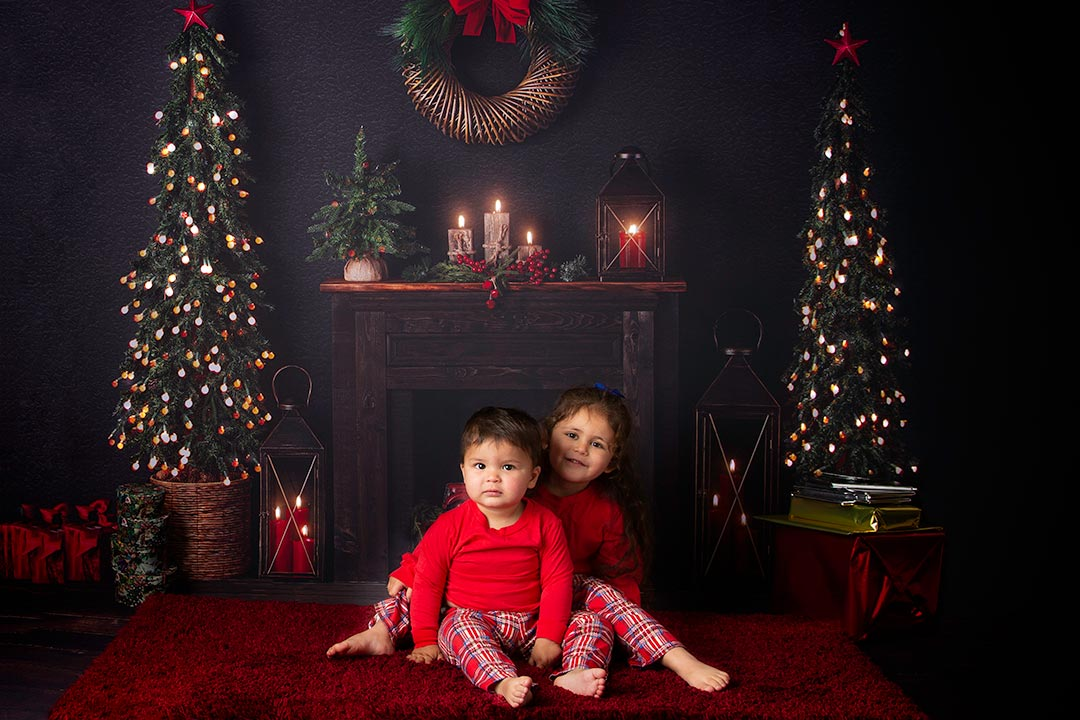 BROTHER AND SISTER CHRISTMAS SESSION